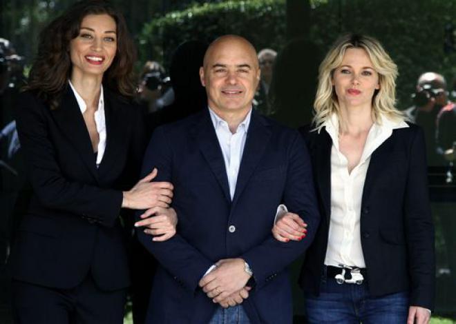 Tv  Zingaretti  Mio Montalbano più cupo ma birichino con le donne. Dal 15 4  nuovi episodi della serie tratta da libri Camilleri 2d1c6df8f9d1